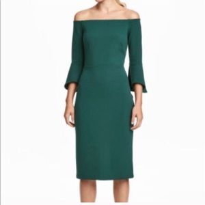 H&M off-shoulder dress - green. XS